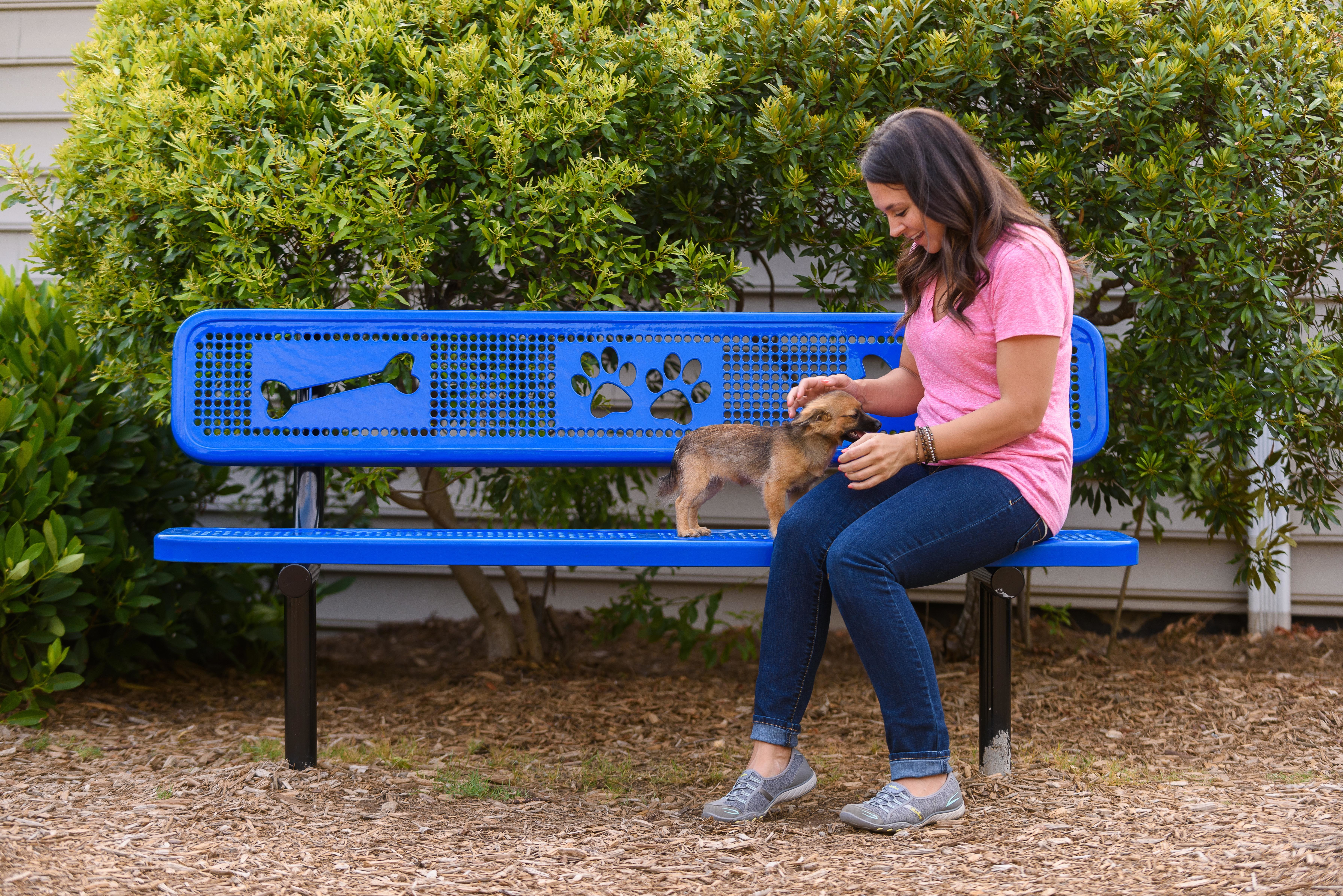 Sit & Stay Bench Lifestyle Image